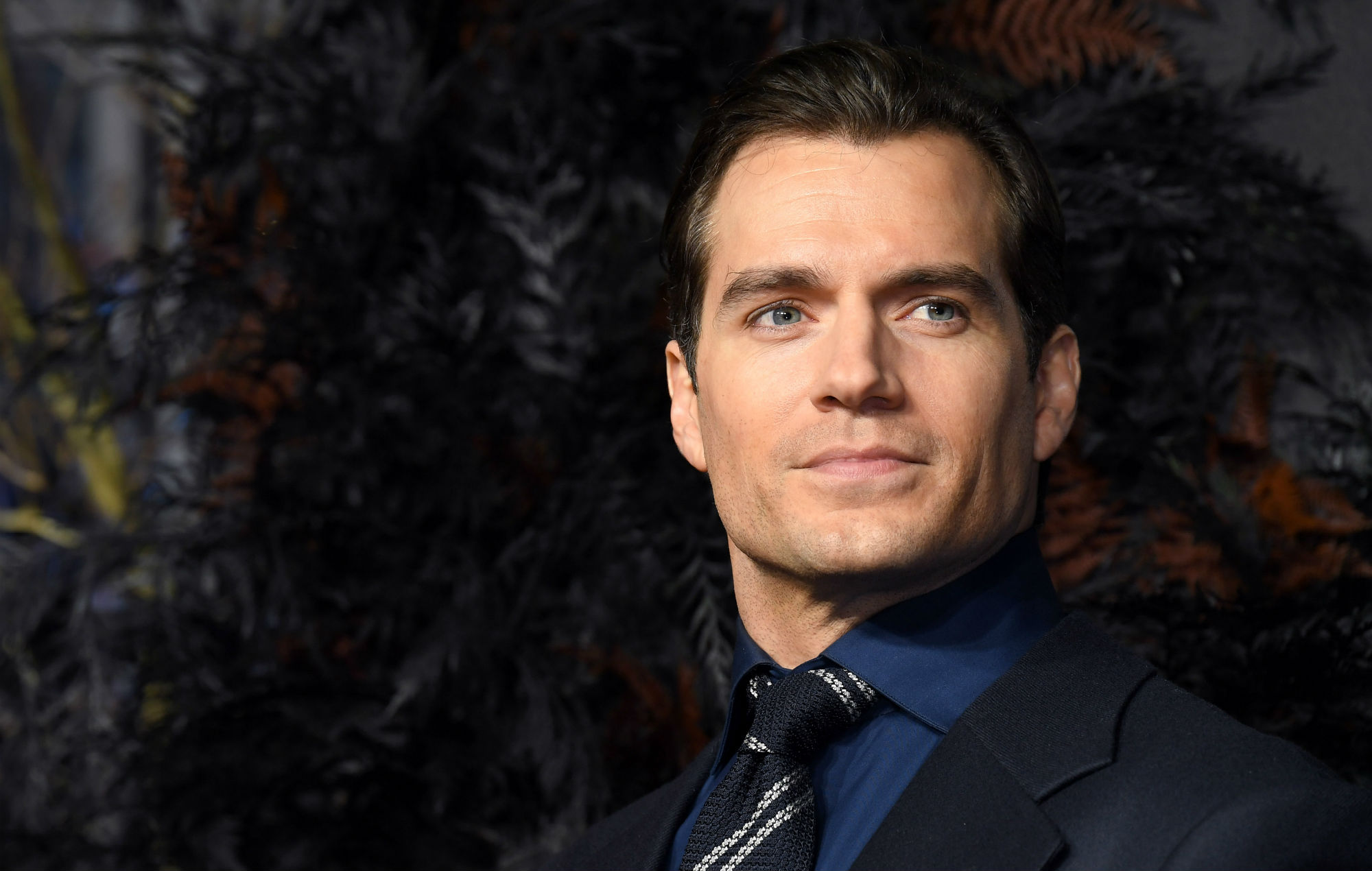 Henry Cavil Would Love To Play James Bond He Revealed